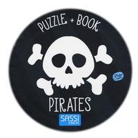 Pirates. Ediz. a colori. Con gadget