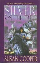 Thorndike Middle Readers - Large Print - Silver on the Tree