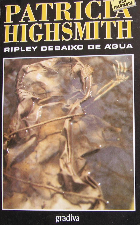 Ripley debaixo de ag...