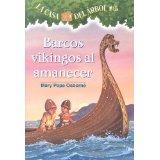 Barcos vikingos al a...