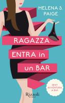 Ragazza entra in un bar