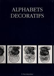 Alphabets decoratifs