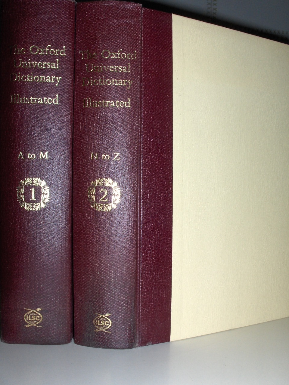 The Oxford Universal Dictionary Illustrated