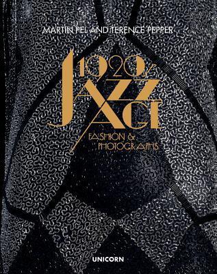 1920s Jazz Age Fashion & Photographs