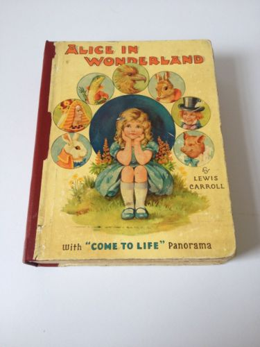 Alice in Wonderland with Come to Life Panorama