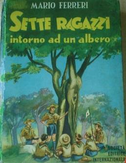 Sette ragazzi attorno ad un albero