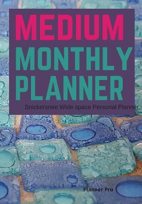 Snickersnee Medium Monthly Planner