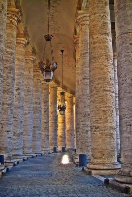 Bernini's Colonnade ...