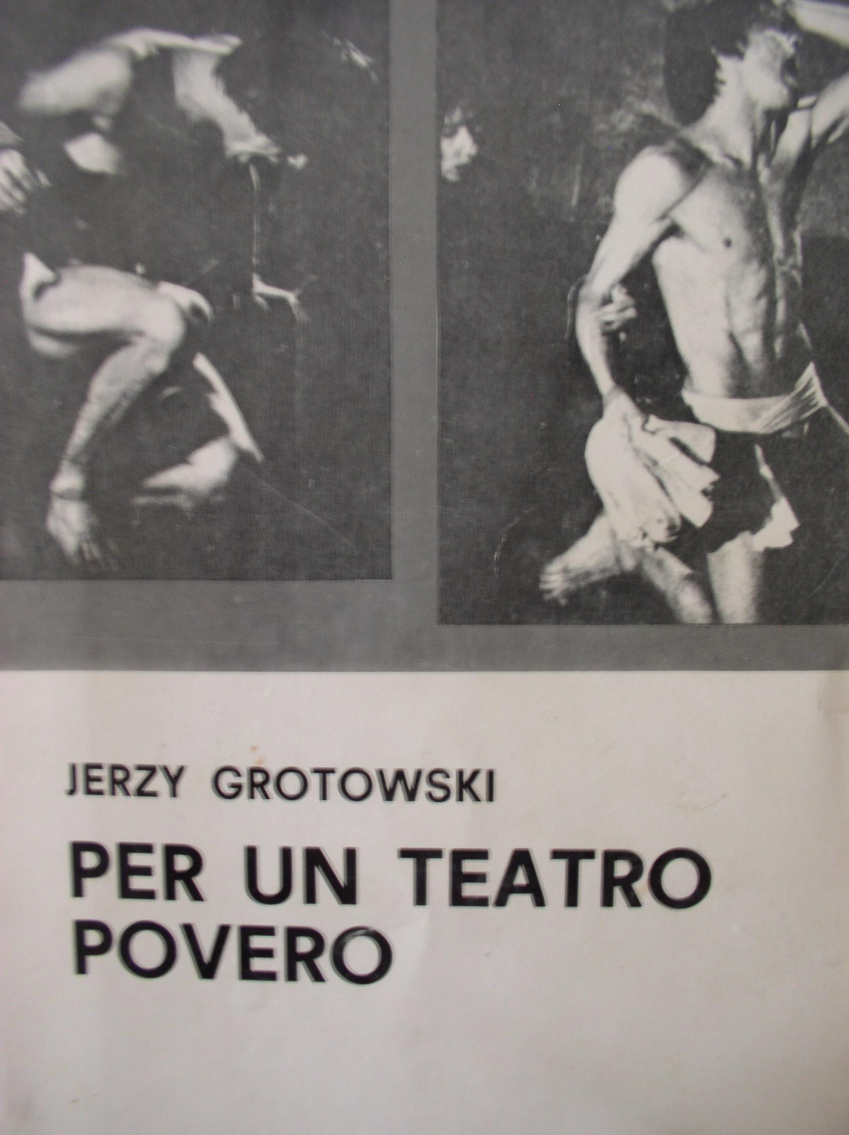 Per un teatro povero