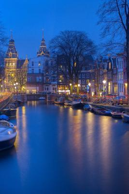Amsterdam Journal - ...
