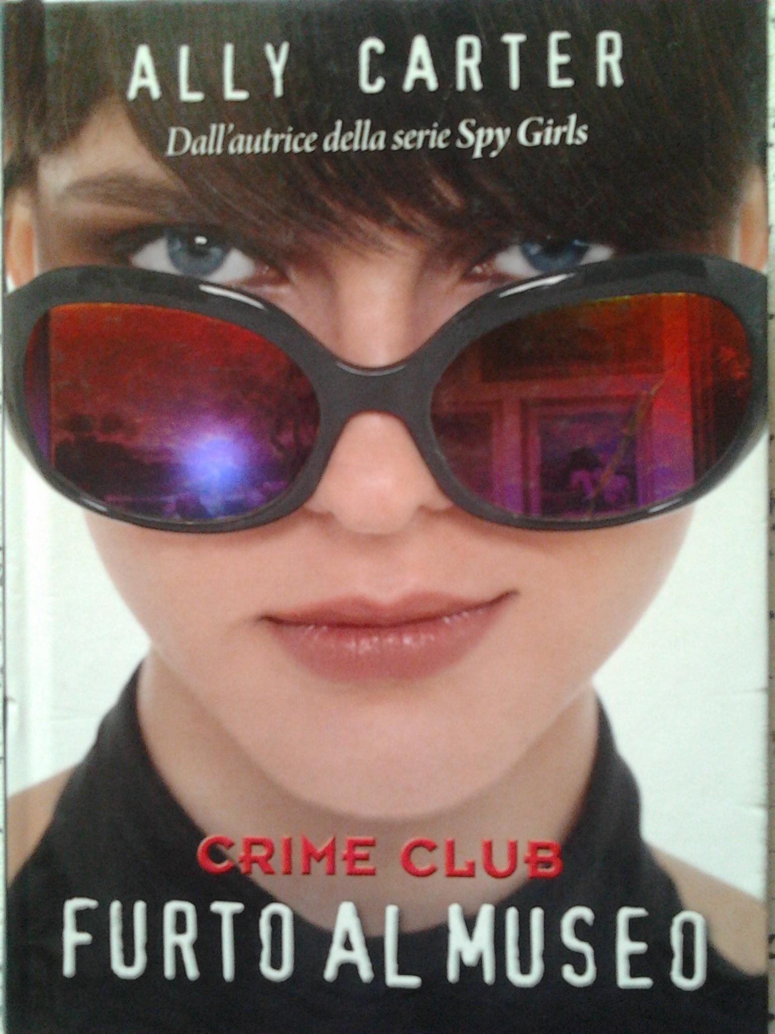 Crime club: Furto al...