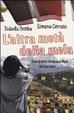 Cover of L'altra metà della mela. Storia di Amrit che torna in Nepal con i suoi amici