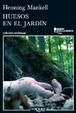 Cover of Huesos en el jardín